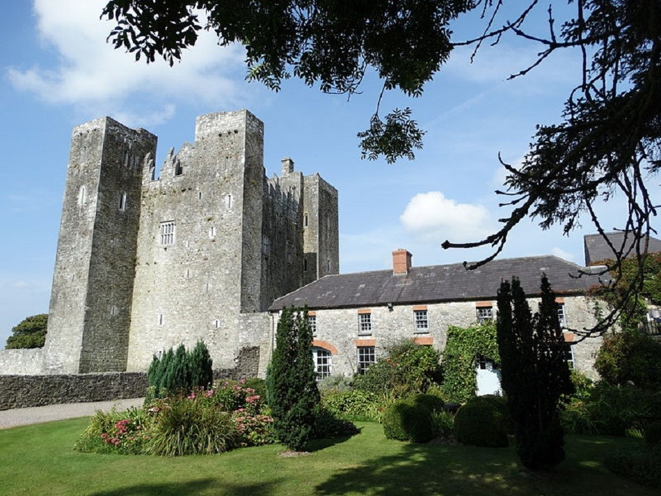 Barryscourt-Castle-Cork-VisitCorkCounty.jpg